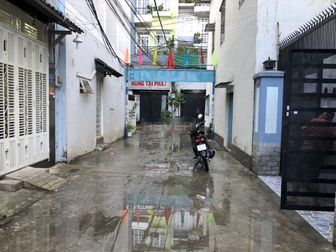 Đường hẻm nhà phố Quận Tân Phú  Nhà phố Đường B3 hướng Đông Nam, 3 tầng diện tích sử dụng 149.7m2.