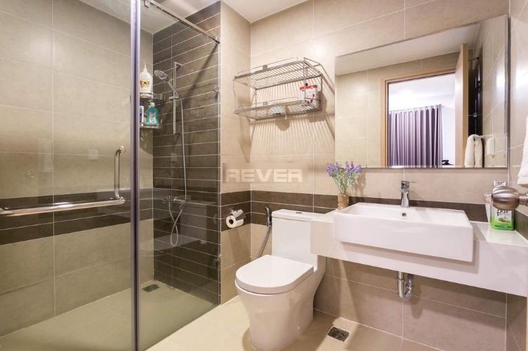 Phòng tắm RiverGate Residence, Quận 4 Căn hộ River Gate ban công hướng Tây, nội thất cơ bản.