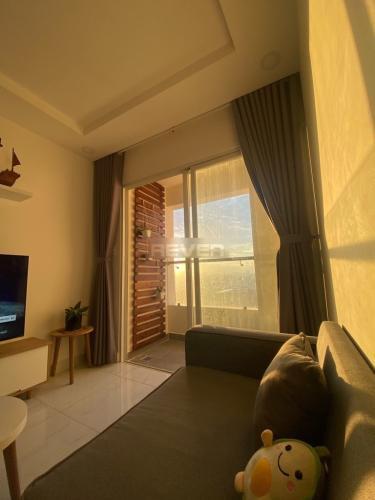 Phòng khách Terra Royal Quận 3 Căn hộ Terra Royal trung tâm thành phố, view sông Hoàng Sa.
