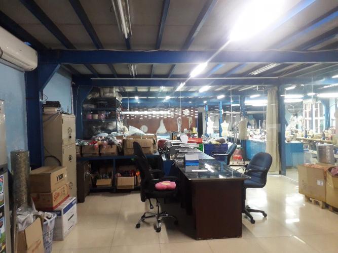 Văn phòng nhà xưởng quận 12 Nhà xưởng nhà kho tại Thạnh Lộc, Q.12, diện tích 27x43.5m.