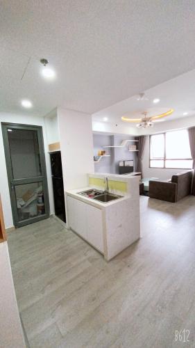 Căn hộ tầng cao Masteri Thảo Điền view thành phố, đầy đủ nội thất.