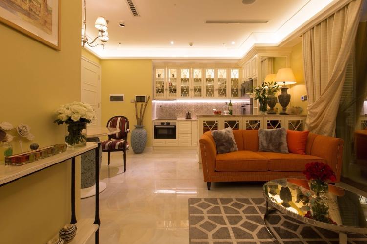 Bán căn hộ Vinhomes Golden River tầng thấp view đẹp, 2 phòng ngủ, diện tích 60m2 đầy đủ nội thất.