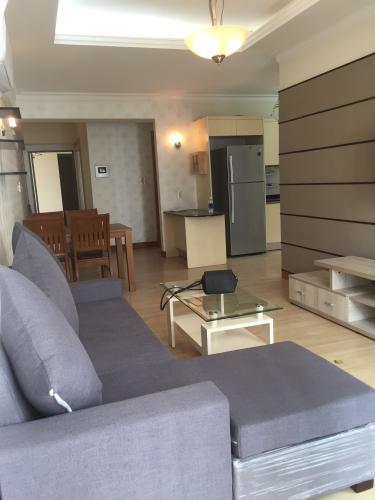 Phòng khách căn hộ Cantavil An Phú, Quận 2 Căn hộ tầng 12 Cantavil An Phú cửa chính hướng Tây Bắc, đầy đủ nội thất.