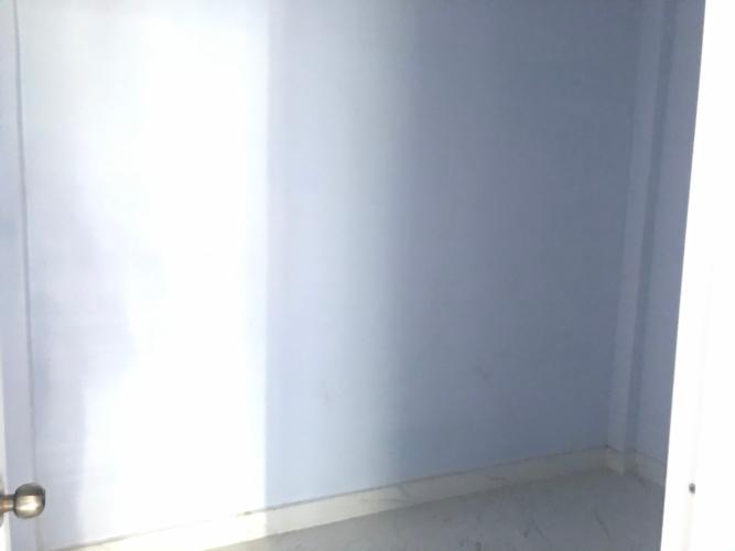 Không gian nhà phố Quận Bình Tân Nhà phố hẻm rộng 4m hướng Nam thoáng mát, nội thất cơ bản.