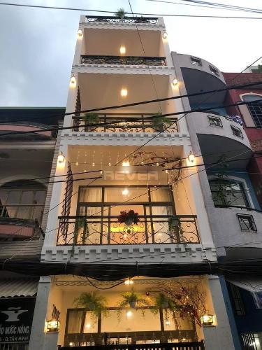 Mặt tiền nhà phố Đất Thánh, Tân Bình Nhà phố mặt tiền 43m2 gần chợ Tân Bình, hẻm xe tải.