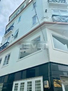 Nhà phố cách mặt tiền đường Phạm Văn Đồng 100m, diện tích 60m2 vuông vức.