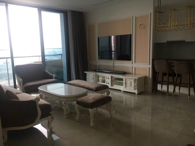 Phòng khách Vinhomes Golden River, Quận 1 Căn hộ Vinhomes Golden River hướng Đông Bắc, đầy đủ nội thất.