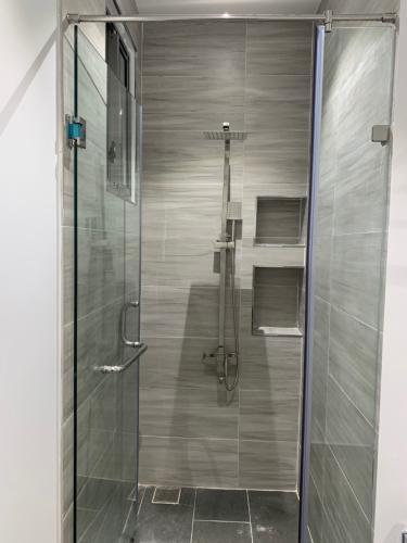 Phòng tắm Phú Mỹ Hưng Midtown Căn hộ Phú Mỹ Hưng Midtown tầng cao, view sông và thành phố mát mẻ.