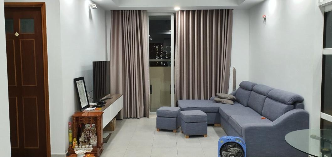 Căn hộ Newtown Apartment hướng Đông Nam, nội thất cơ bản.