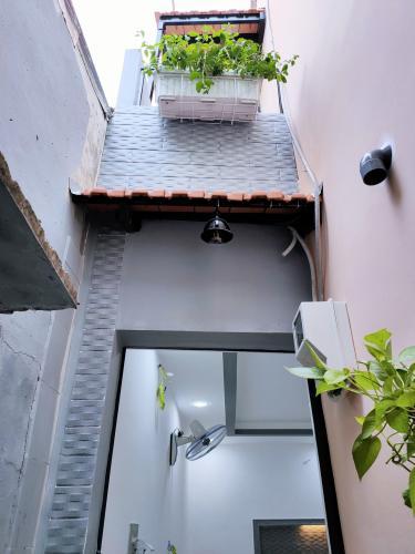 Nhà phố hẻm Trần Đình Xu, trung tâm quận 1.