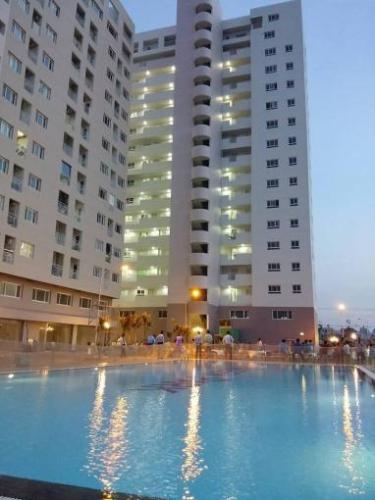 Hồ bơi Green Town, Bình Tân Căn hộ Green Town hướng Tây Bắc, nội thất cơ bản.