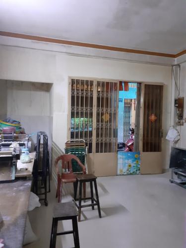 Phòng khách nhà phố Nhà phố diện tích sử dụng 104.3m2, hướng cửa Đông Bắc.