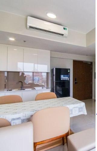 Căn hộ cửa hướng Tây Bắc Masteri An Phú tầng 8, đầy đủ nội thất.