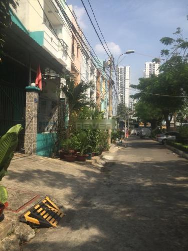 Đường hẻm nhà phố An Dương Vương, Quận 6 Nhà phố hướng Đông Nam, hẻm xe hơi công viên thoáng mát.