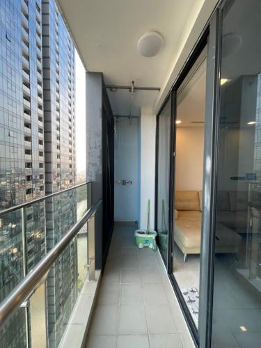 Không gian căn hộ Vinhomes Golden River, Quận 1 Căn hộ Vinhomes Golden River đầy đủ nội thất, thiết kế sang trọng.