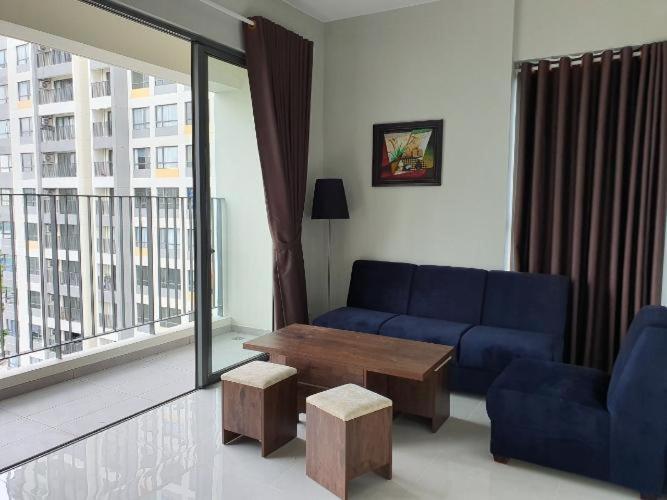 Căn hộ Masteri An Phú tầng trung thiết kế sang trọng, nội thất đầy đủ.