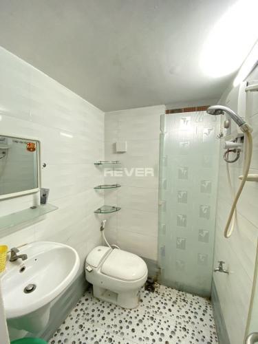 Phòng tắm , Căn hộ chung cư Ngô Tất Tố , Quận Bình Thạnh Căn hộ chung cư Ngô Tất Tố tầng 1 view nội khu yên tĩnh, nội thất cơ bản.