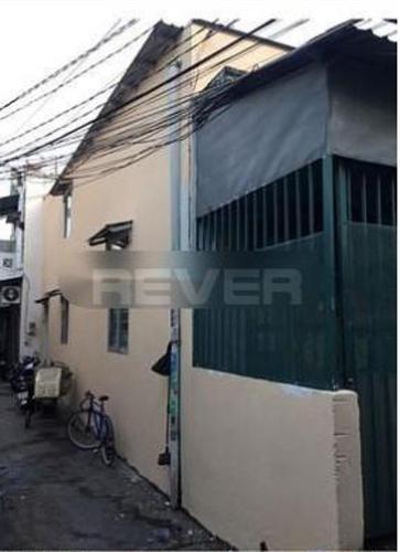 Nhà phố hướng Tây hẻm Lê Văn Lương, diện tích 65m2 không có nội thất.