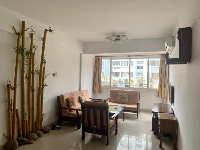 Phòng khách căn hộ chung cư Mỹ Khang Căn hộ chung cư Mỹ Khang tầng thấp view nội khu, hướng Tây.