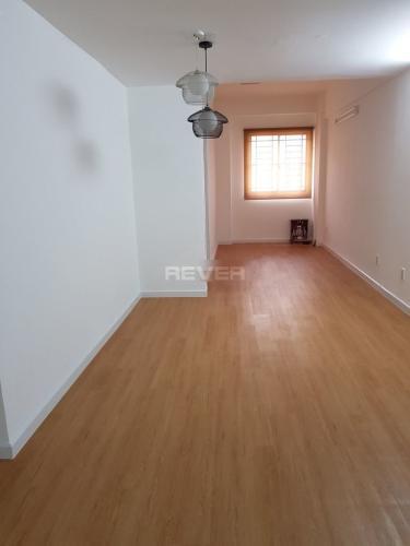 Không gian căn hộ chung cư Mỹ Thuận Căn hộ chung cư Mỹ Thuận tầng trung view nội khu yên tĩnh, thoáng mát.