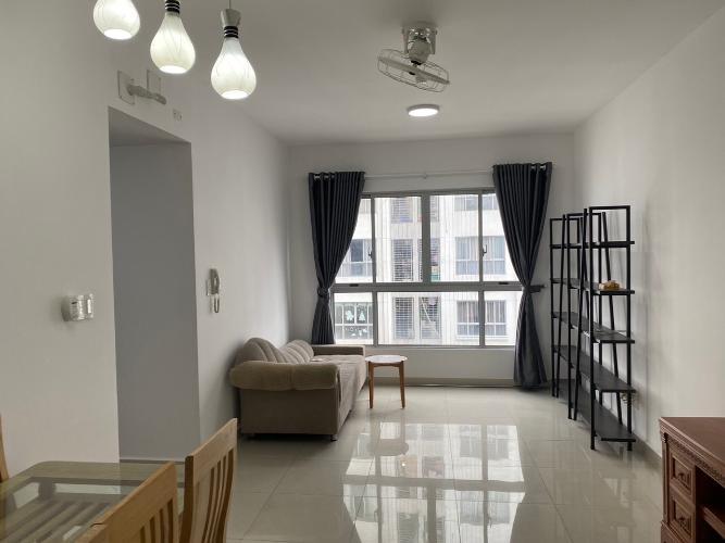 Phòng khách căn hộ Celadon City Căn hộ Celadon City đầy đủ tiện nghi, view hướng nội khu.
