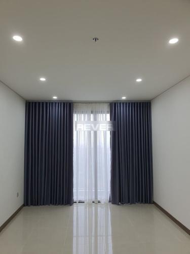 Căn hộ Hado Centrosa Garden tầng 16 thoáng mát, nội thất cơ bản.