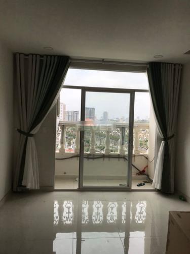 Căn hộ chung cư Grand Riverside nội thất cơ bản, view thành phố sầm uất.