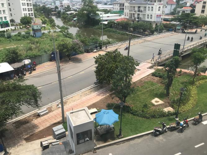 View Office-tel Sunrise CityView Office-tel Sunrise CityView tầng trung thoáng mát nhìn ra thành phố.