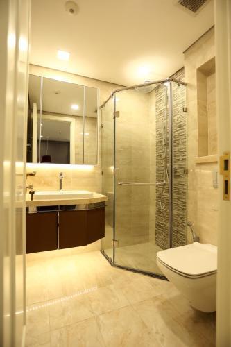 Phòng tắm căn hộ Vinhomes Golden River , Quận 1 Căn hộ Vinhomes Golden River đầy đủ nội thất, view thoáng mát.