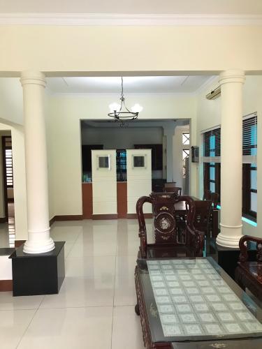 Biệt thự sân vườn P. An Phú quận 2, diện tích 12m x 22m, đầy đủ nội thất