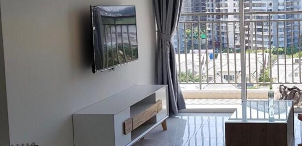 Căn hộ Sunrise Riverside tầng trung đầy đủ nội thất, view nội khu.