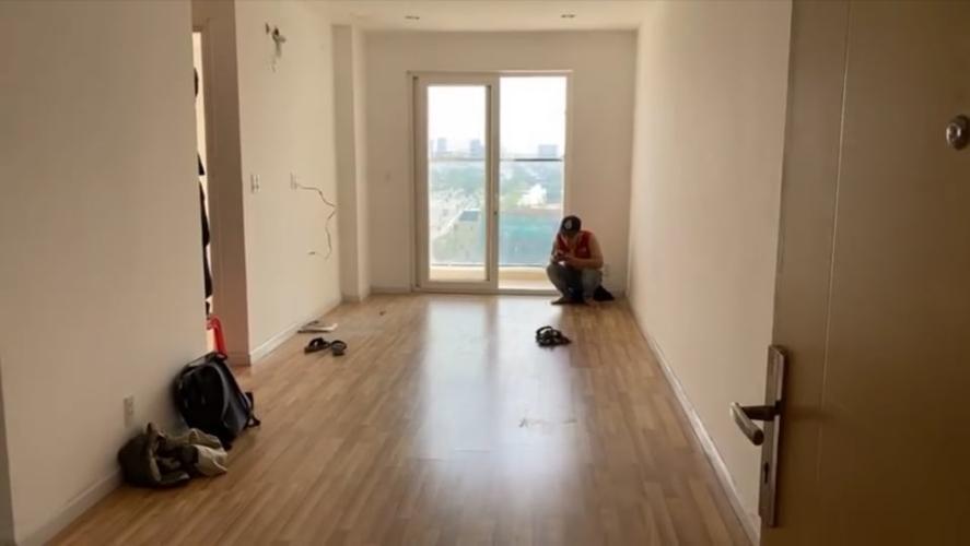 Phòng khách căn hộ City Gate Căn hộ City Gate 2 phòng ngủ view nội khu hồ bơi thoáng mát.