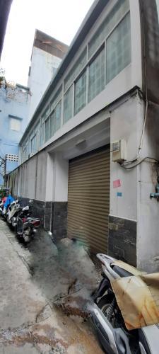 Nhà phố hướng Tây Bắc hẻm khu dân cư an ninh, diện tích 60.9m2.