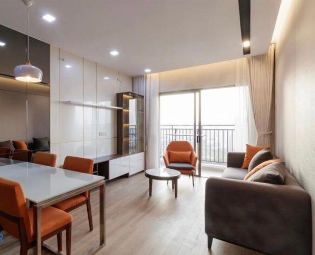 Căn hộ The Sun Avenue tầng cao, đầy đủ nội thất, ban công thoáng mát.