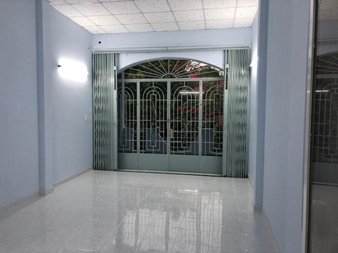 Không gian nhà phố Quận Bình Tân Nhà phố hẻm rộng 10m Q.Bình Tân hướng Nam diện tích 120m2, có sổ đỏ.
