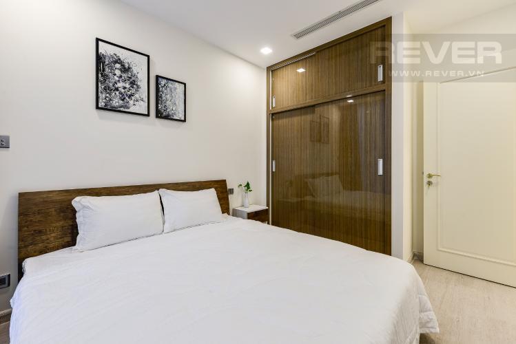 Phòng ngủ 1 căn hộ Vinhomes Golden River Cho thuê căn hộ Vinhomes Golden River 2PN, tầng cao, diện tích 72m2, đầy đủ nội thất, view sông Sài Gòn
