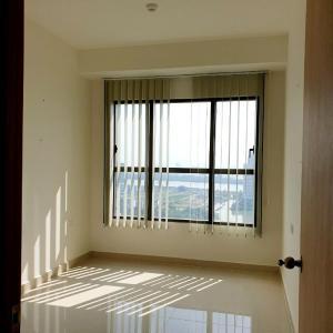 Căn hộ Officetel The Sun Avenue nội thất cơ bản, view sông mát mẻ.