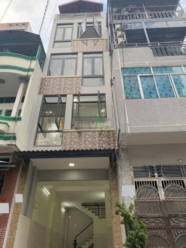 Nhà phố Q.Gò Vấp diện tích sử dụng 144m2 hướng Đông Nam nội thất cơ bản.