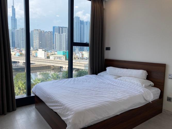 phòng ngủ Căn hộ Vinhomes Golden River Căn hộ tầng 21 Vinhomes Golden River thiết kế hiện đại, nội thất đầy đủ