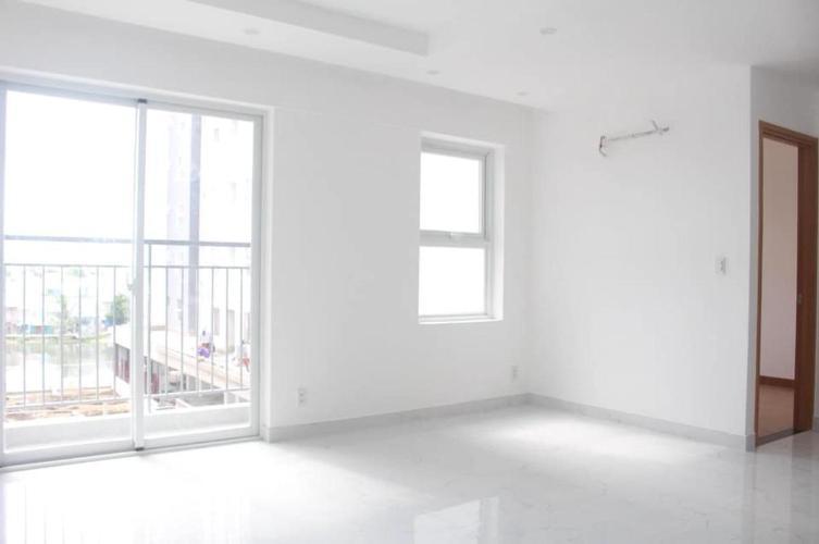 Phòng khách Conic Riverside, Quận 8 Căn hộ Conic Riverside tầng cao, ban công hướng Đông Nam.
