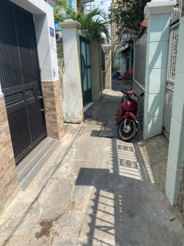 Hẻm nhà phố Điện Biên Phủ, Bình Thạnh Nhà phố hướng Đông Bắc, 2 mặt hẻm trước sau.
