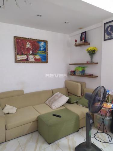 Căn hộ chung cư Nguyễn Ngọc Phương tầng trung, đầy đủ nội thất