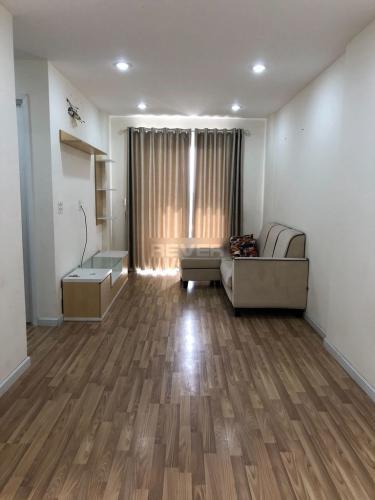 Phòng khách căn hộ City Gate, Quận 8 Căn hộ City Gate tầng 15 hướng Đông thoáng mát, nội thất cơ bản.