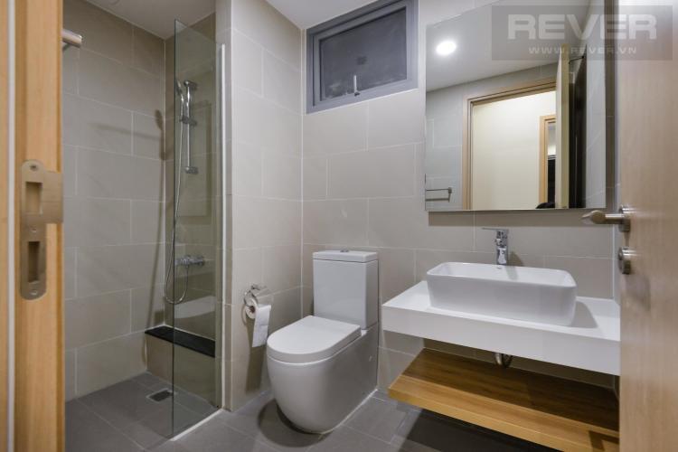 Toilet căn hộ PALM HEIGHTS Bán hoặc cho thuê căn hộ Palm Heights 2PN, diện tích 85m2, đầy đủ nội thất, có ban công thông thoáng