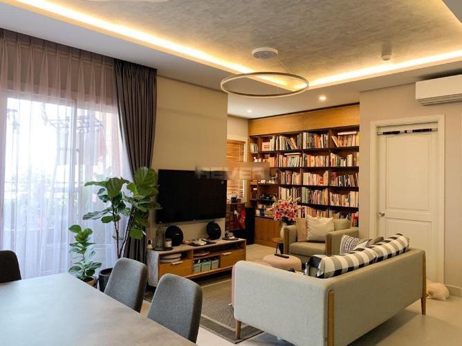 Căn hộ Chung cư Khánh Hội 2 tầng 8, đầy đủ nội thất và tiện ích.