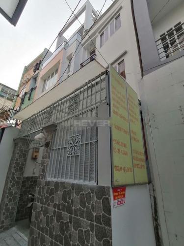 Bên ngoài nhà phố Nhà phố 1 trệt 2 lầu diện tích sử dụng 180m2, hướng Tây Nam.
