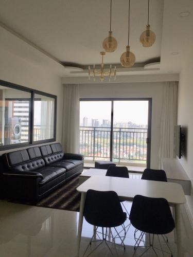 Phòng khách căn hộ The Sun Avenue  Căn hộ 3 phòng ngủ 90m2 The Sun Avenue - Block 01