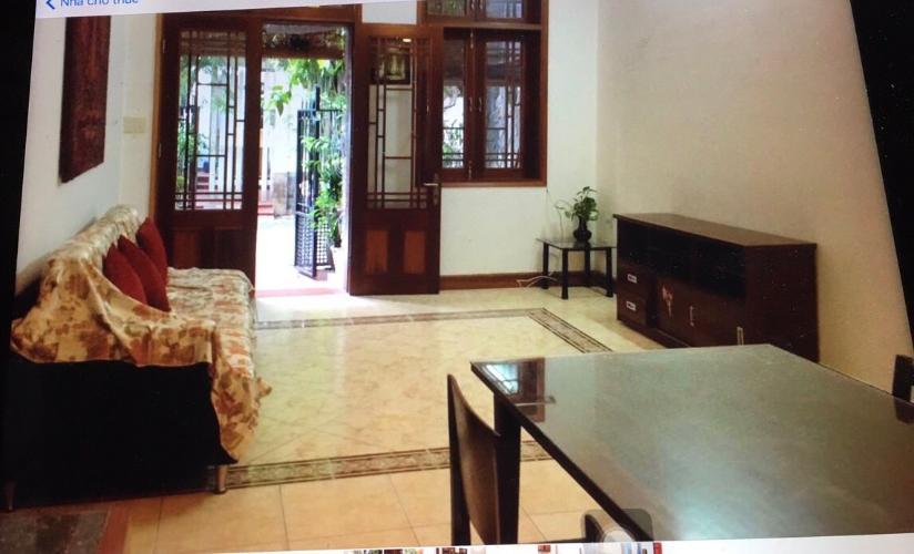 Phòng khách văn phòng đường số 2, Quận 2 Văn phòng có sân vườn mát mẻ, diện tích 75m2, hướng Tây Bắc.