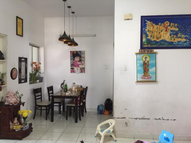 Căn hộ Phú An Center ban công hướng Bắc, nội thất cơ bản.
