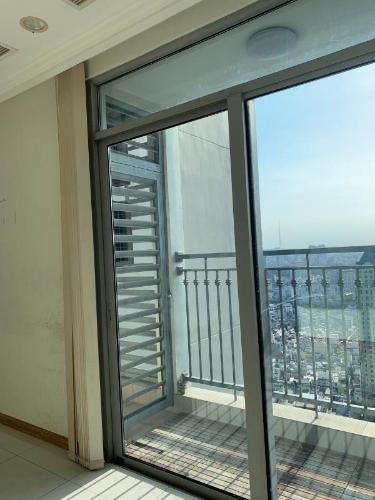 Căn Officetel Vinhomes Central Park nội thất cơ bản, view đón gió mát mẻ.